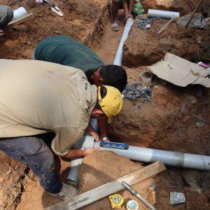 Drainage pipes teamwork